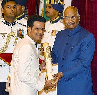 Manoj Bajpayee - Bajpayee receiving the Padma Shri 2019