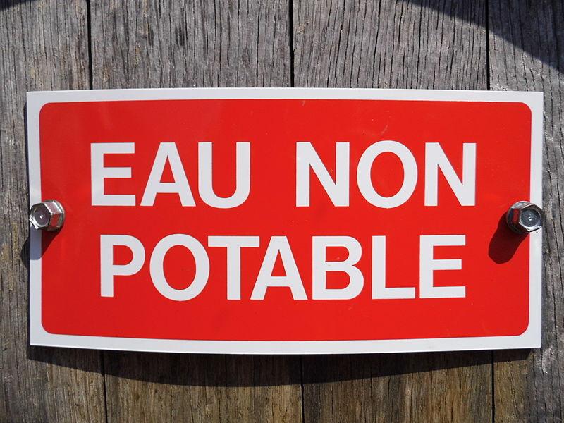 Fichier:Panneau - Eau non potable.JPG