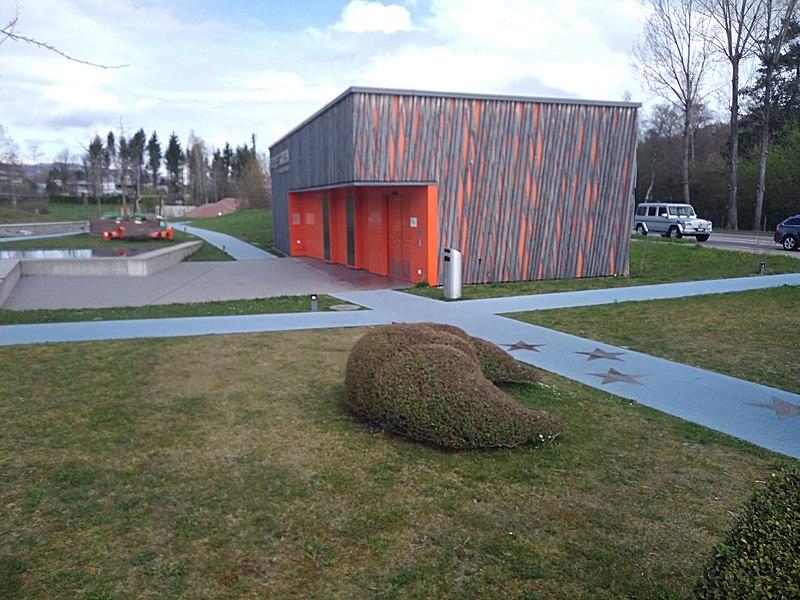 File:Park im Grüene Besucherinformationszentrum 6.jpg