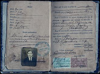 Portuguese people - Passport of an immigrant from the Braga District to Brazil