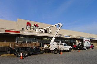 Pathmark - Pathmark supermarket in Egg Harbor Township, NJ closing in 2012.