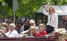 Patricia Heaton and family in the Indianapolis 500 Parade, May 2008