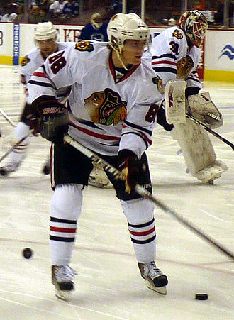 Patrick Kane - Kane warming up with the Chicago Blackhawks in 2009