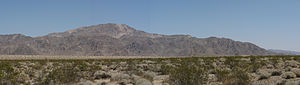 Pinto Mountains - The Pinto Mountains seen from the south