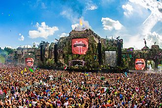 Tomorrowland Mainstage 2013 Plekklindid tomorrowland.jpg
