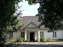 Chopins Geburtshaus in Żelazowa Wola, heute ein Museum (Quelle: Wikimedia)