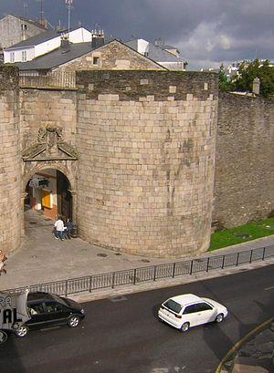 Roman walls of Lugo - Image: Porta.San Pedro