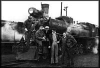 Porta and crew with RFIRT's Santa Cruz loco-1959.jpg