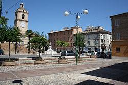Porto San Giorgio plaza.JPG
