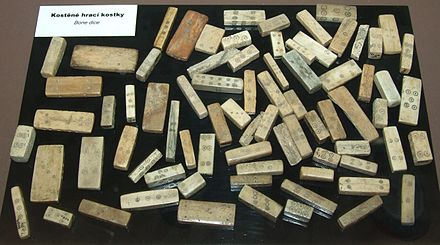 Long dice - Wikipedia