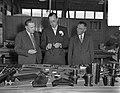 Prins Bernhard bezoekt Rucphen, Bestanddeelnr 907-3679.jpg