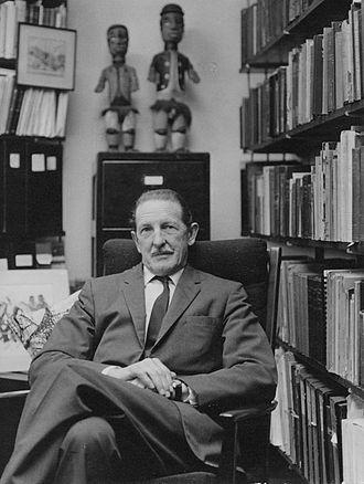 Raymond Firth - Image: Professor Sir Raymond Firth, c 1965