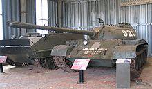 الدبابات الاشقاء من العائلة تي ( انها حقا عائلة محترمة اخري ) - صفحة 5 220px-Puckapunyal-Type-59-MBT-1