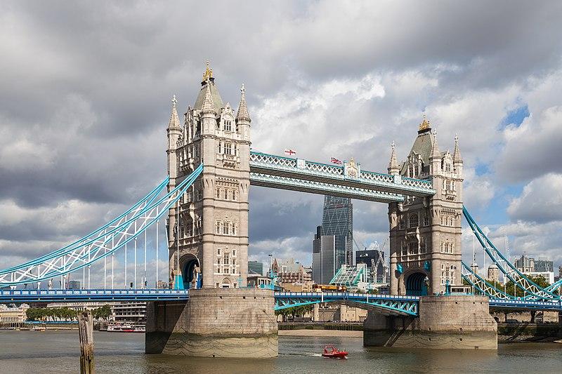 Archivo:Puente de la Torre, Londres, Inglaterra, 2014-08-11, DD 092.JPG