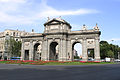 """Puerta de Alcalá (""""Alcalá Gate""""), Madrid, Spain.jpg"""