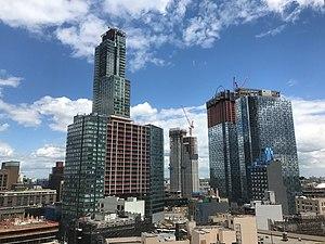Queens Plaza (Queens) - Skyline of Queens Plaza in May 2017