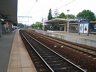 Chaville–Vélizy station - Platforms