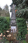Ravensburg Hauptfriedhof Grabmal Dollinger.jpg