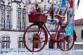 Red bike (33614798580).jpg