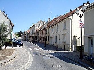 Pays de France - High street of Roissy-en-France