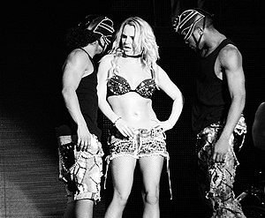 Femme Fatale (Britney Spears album) - Image: S&M (FFT Argentina)