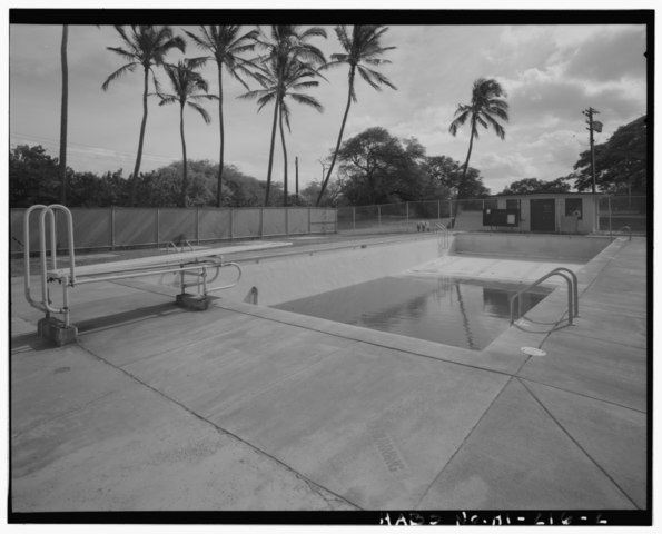 File S 371 Swimming Pool In Front Of Bldg 9 Naval Magazine Lualualei West Loch Branch