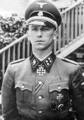 SS-Sturmbannführer Kurt Meyer.png