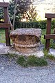 San Giorio di Susa TO Antico capitello nei pressi della Casaforte inferiore e della Chiesa parrocchiale.jpg