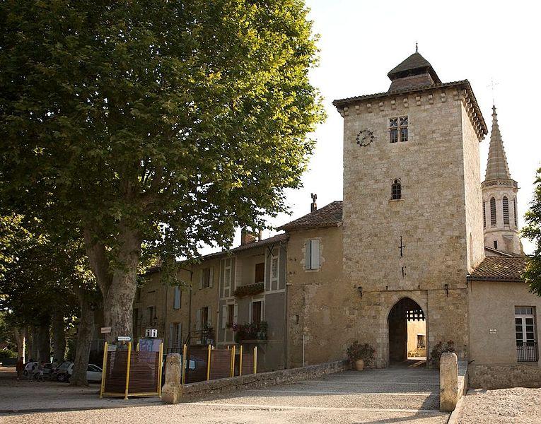 La tour de ville de Sarrant, 14° siècle