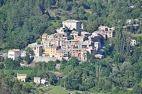 Sausses et son « château »- Alpes-de-Haute-Provence