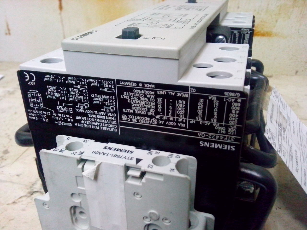 Siemens 3TD44 (151635).jpg
