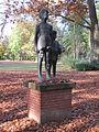 Skulptur Kinder im Berliner Park.jpg