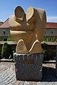 Skulptur von Hubert Hochleitner, Rathausplatz Wolfsberg in Kärnten.jpg