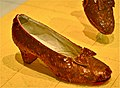 Smithsonian National Museum of American History - Dorothys ruby slippers (8306564635).jpg