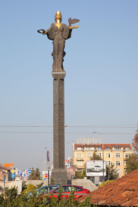 Статуя на София – Уикипедия
