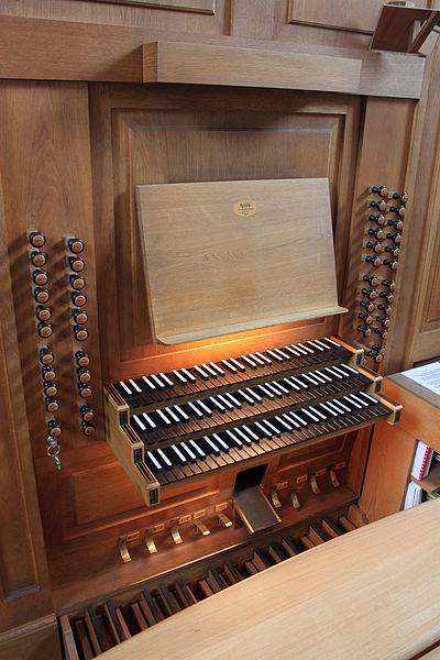 Datei:Spieltafel Orgel Kalvarienbergkirche Wien 02.jpg