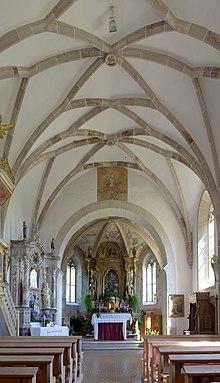 St. Oswald Kirche Kastelruth Innenansicht.jpg