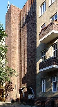 St. Thomas-von-Aquin-Kirche (Berlin-Charlottenburg).jpg