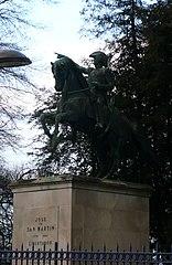 equestrian statue of José de San Martín