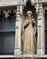Statue of Mary Queen of Scots, 143-144 Fleet Street, London.jpg