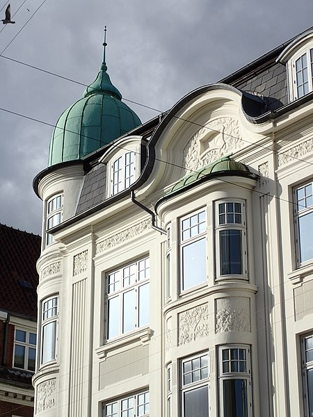 6feae5444194 Fil Store Torv 16 (karnap og tårn).jpg - Wikipedia