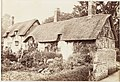 Stratford-on-Avon, Ann Hathaways Cottage at Shottery (9494520138).jpg