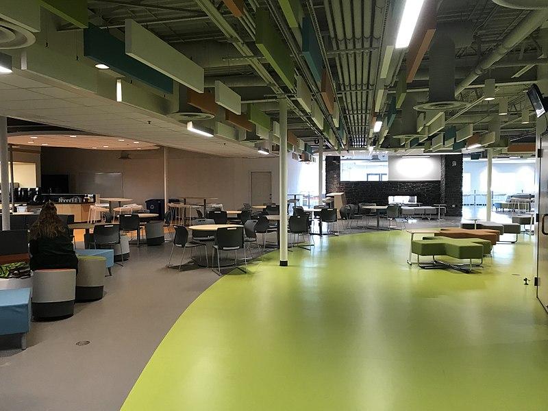 File:Strathcona Tweedsmuir School Cafeteria.jpg Description English: Strathcona-Tweedsmuir School new cafeteria.