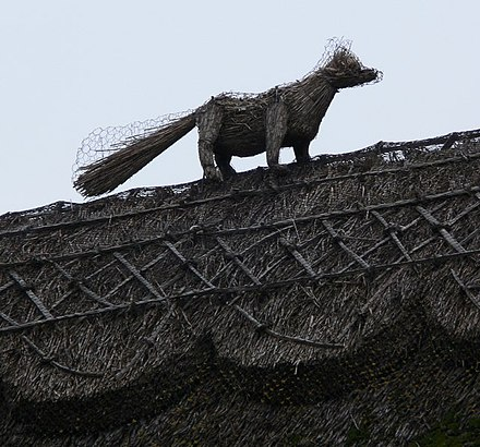A straw fox at Long Whatton Straw fox - geograph.org.uk - 559950.jpg