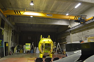 Overhead crane - An EOT overhead crane is used to move and build this submersible, the Ictineu 3, in a warehouse of Sant Feliu de Llobregat.