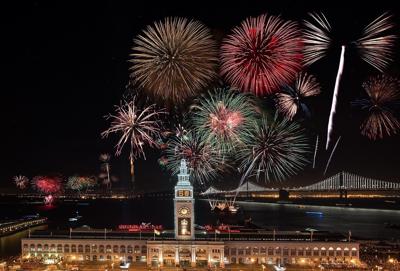 Superbowl 50 fireworks.jpg