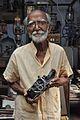 Sushil Kumar Chatterjee with 16mm Film Camera - Kolkata 2017-02-23 0485.JPG
