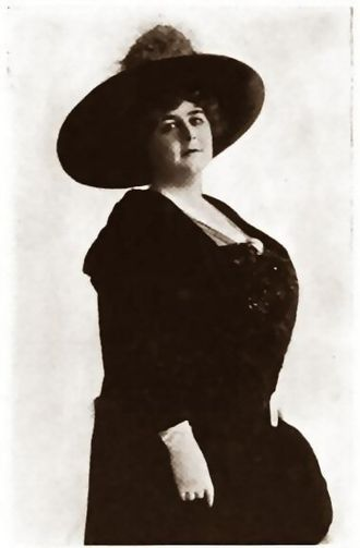 Sylvia Ashton - Who's Who in the Film World, 1914