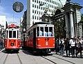 Türkiye İstanbul nostalji iki tramvay karşılaşması.jpg