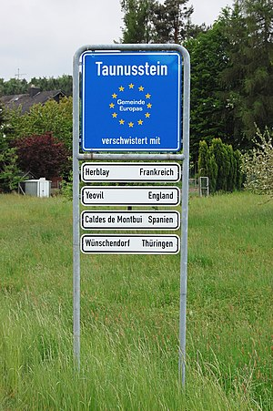 Taunusstein - Signpost in Wingsbach
